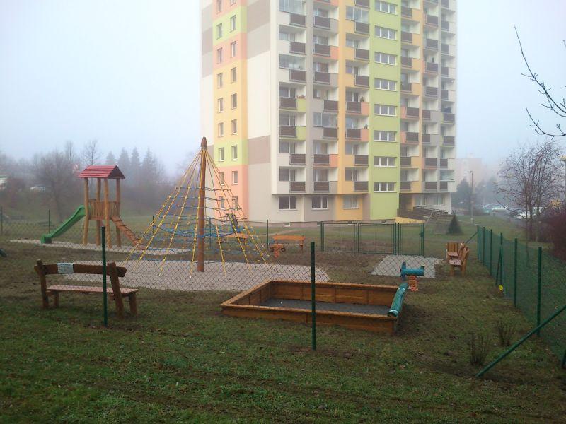 dětské hřiště Brodská
